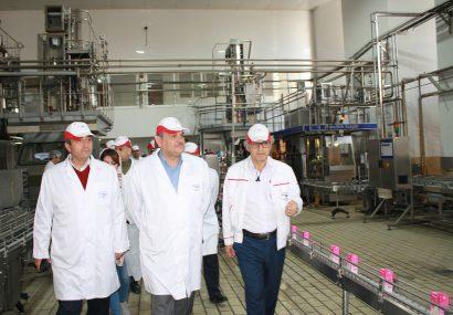 بازدید معاون امور تولیدات دامی وزارت جهاد کشاورزی از شرکت پگاه تهران